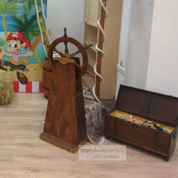 декорация деревянный штурвал
