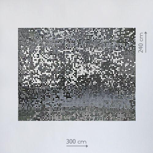 фотозона с серебряными пайетками
