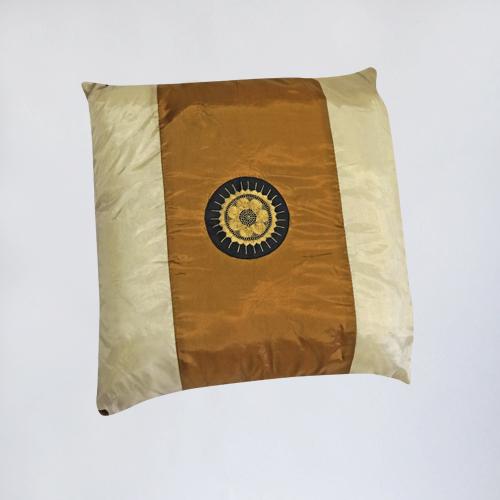 подушка декоративная в аренду