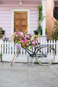 велосипед в свадебном декоре