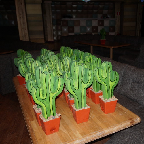 кактус пластиковый в аренду