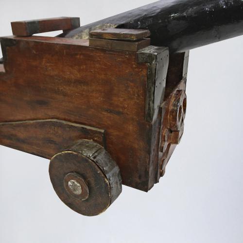 бутафорская пушка варенду