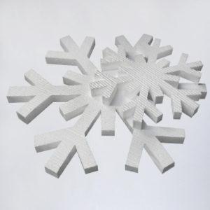 Аренда пенопластовых снежинок в Москве