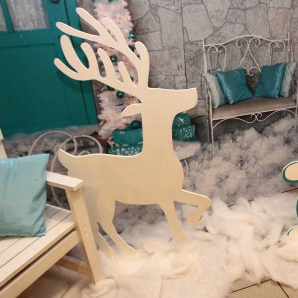 декоративный деревянный олень
