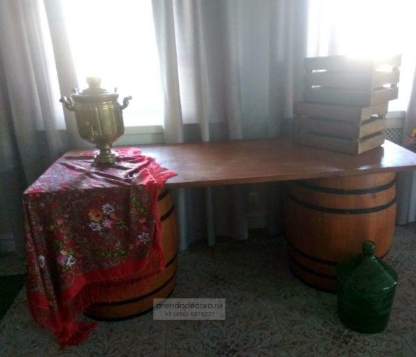 стол из бочек