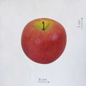 бутафорское яблоко