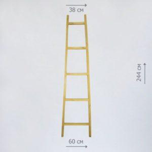 бутафорская лестница