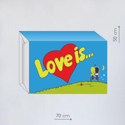 ростовая фигура love is