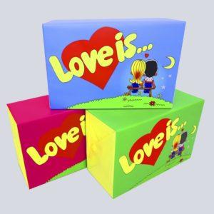 "Бутафорская жвачка ""Love is..."""