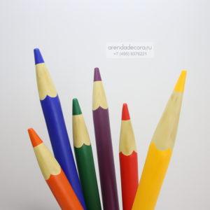 декорация разноцветные карандаши