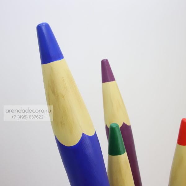 декорация цветные карандаши
