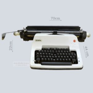 """Печатная машинка """"Olimpia"""""""